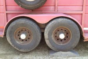 Trailer Helper tandem axle trailer jack